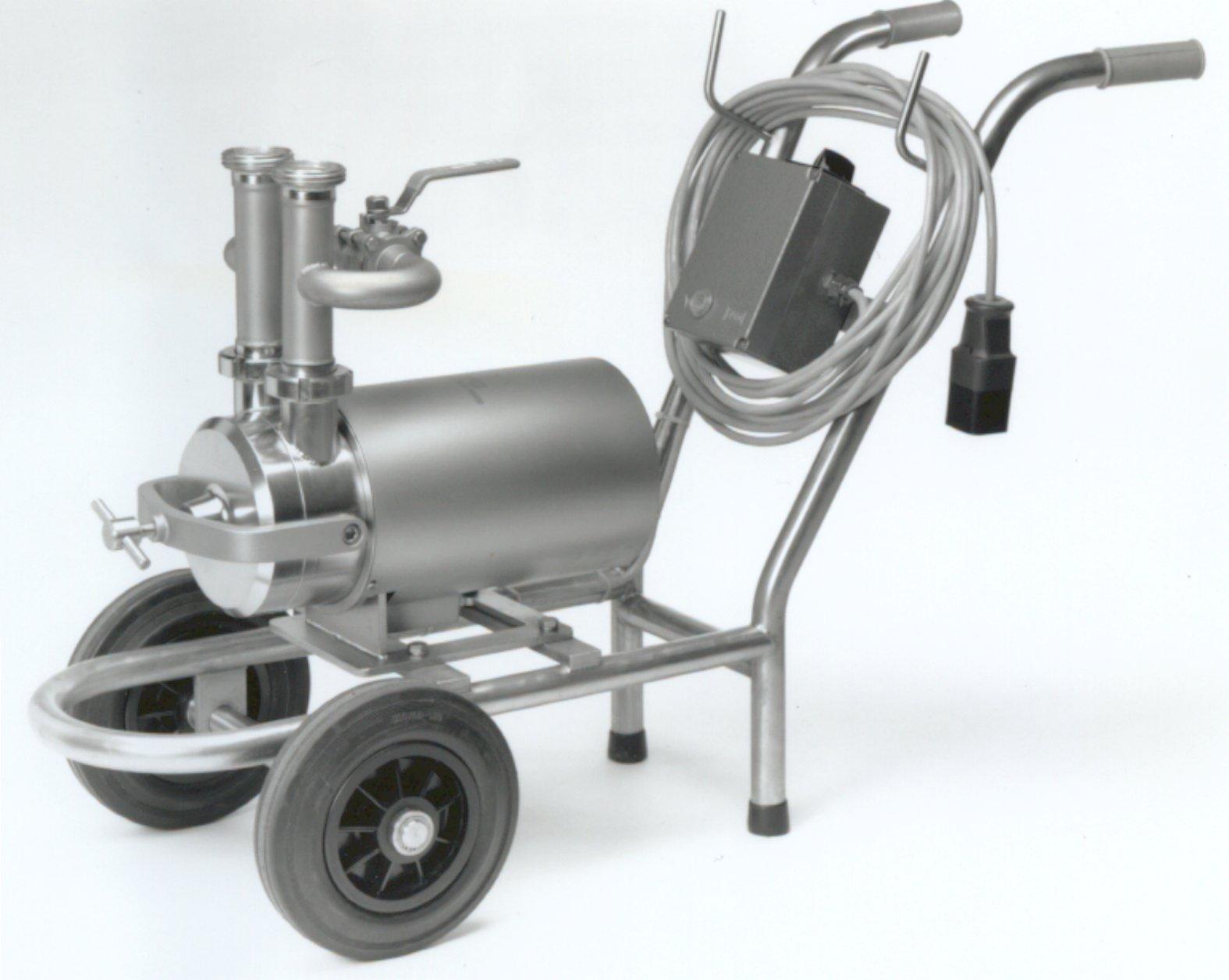 Bomba centrifuga autoaspirante